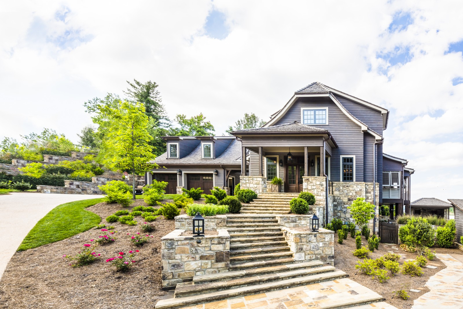Zillow Home Design Style Quiz Tour A Riverfront Home That Draws Inspiration From The
