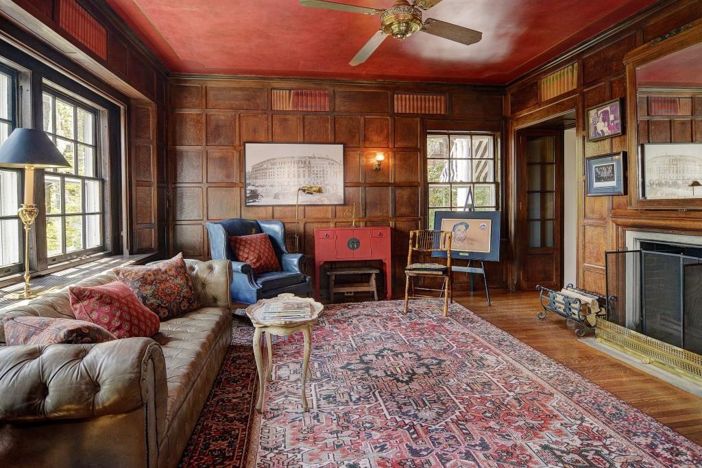 yogi berra 39 s new jersey home for sale. Black Bedroom Furniture Sets. Home Design Ideas