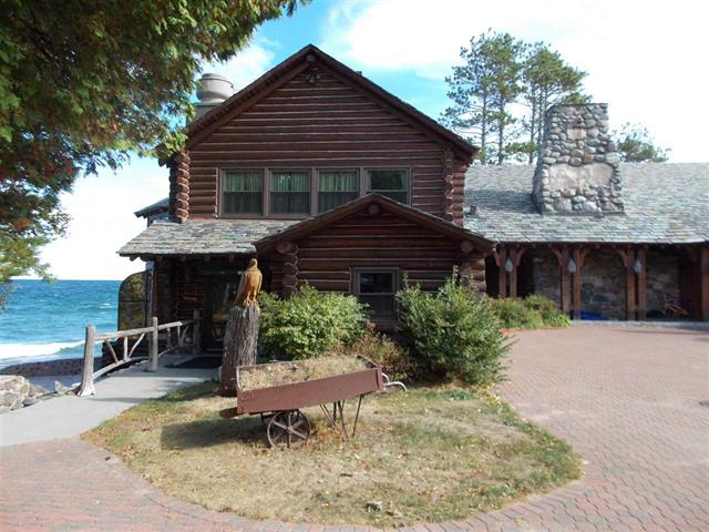 House of the Week: Historic Lodge on Lake Superior