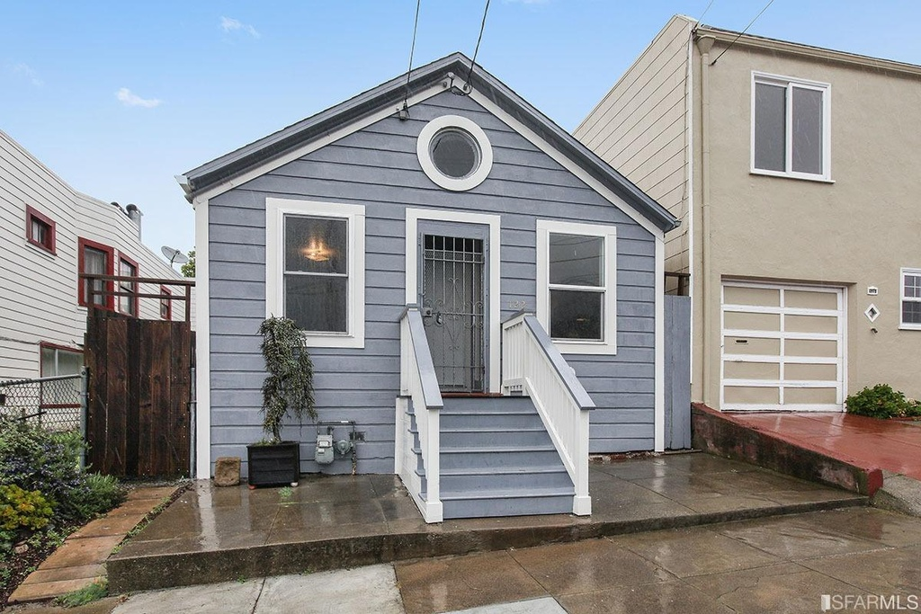 San francisco 39 s least expansive home - Attractive zillow home design ...