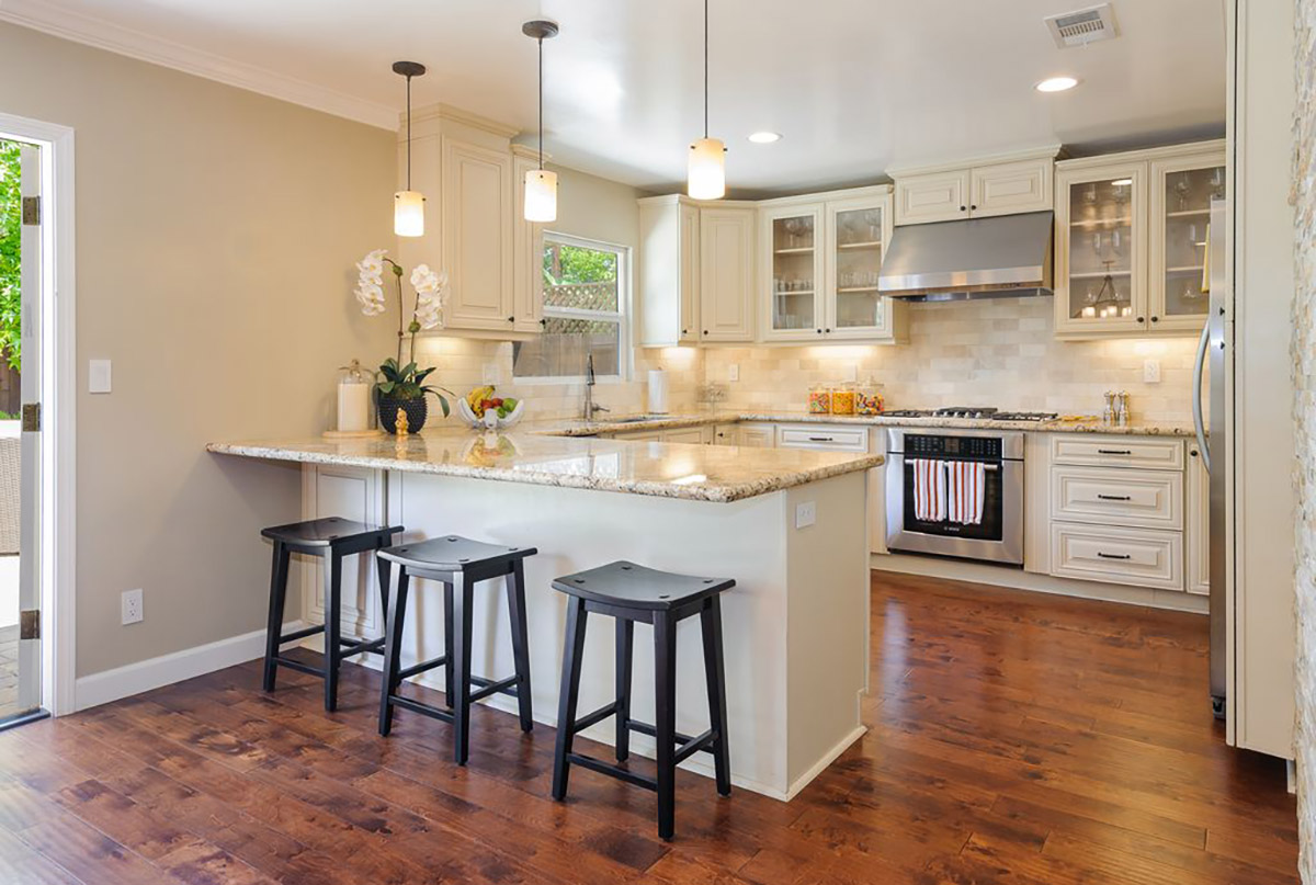 Easy And Inexpensive Ways To Fix Up Your Home Like A Flipper