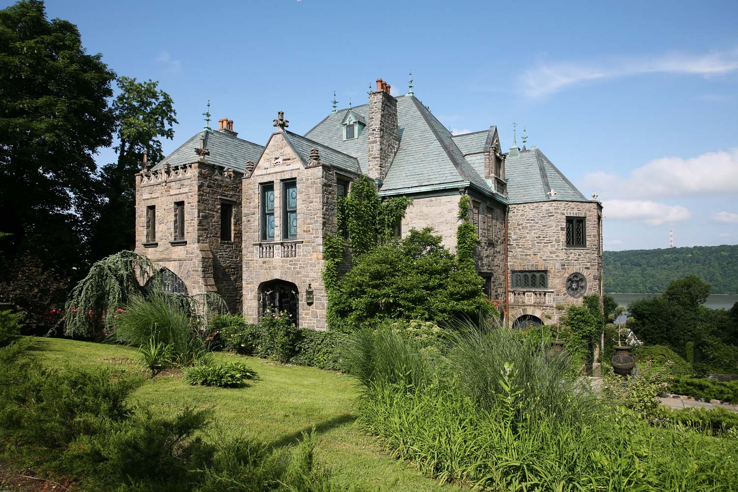 House Of The Week A Stone Castle In Yonkers