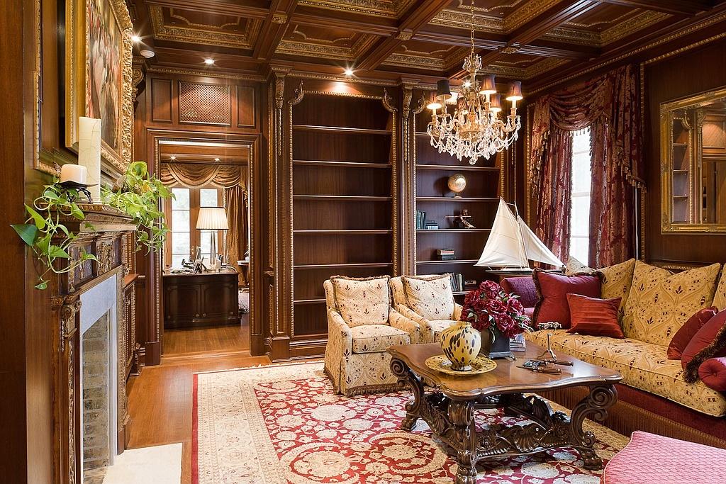 Catherine zeta jones and michael douglas buy new bedford for Sala de estar de mansiones