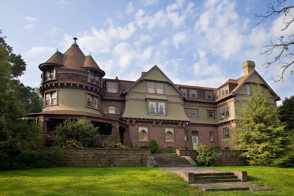 Rust Belt Mansions From An Age Of Opulence