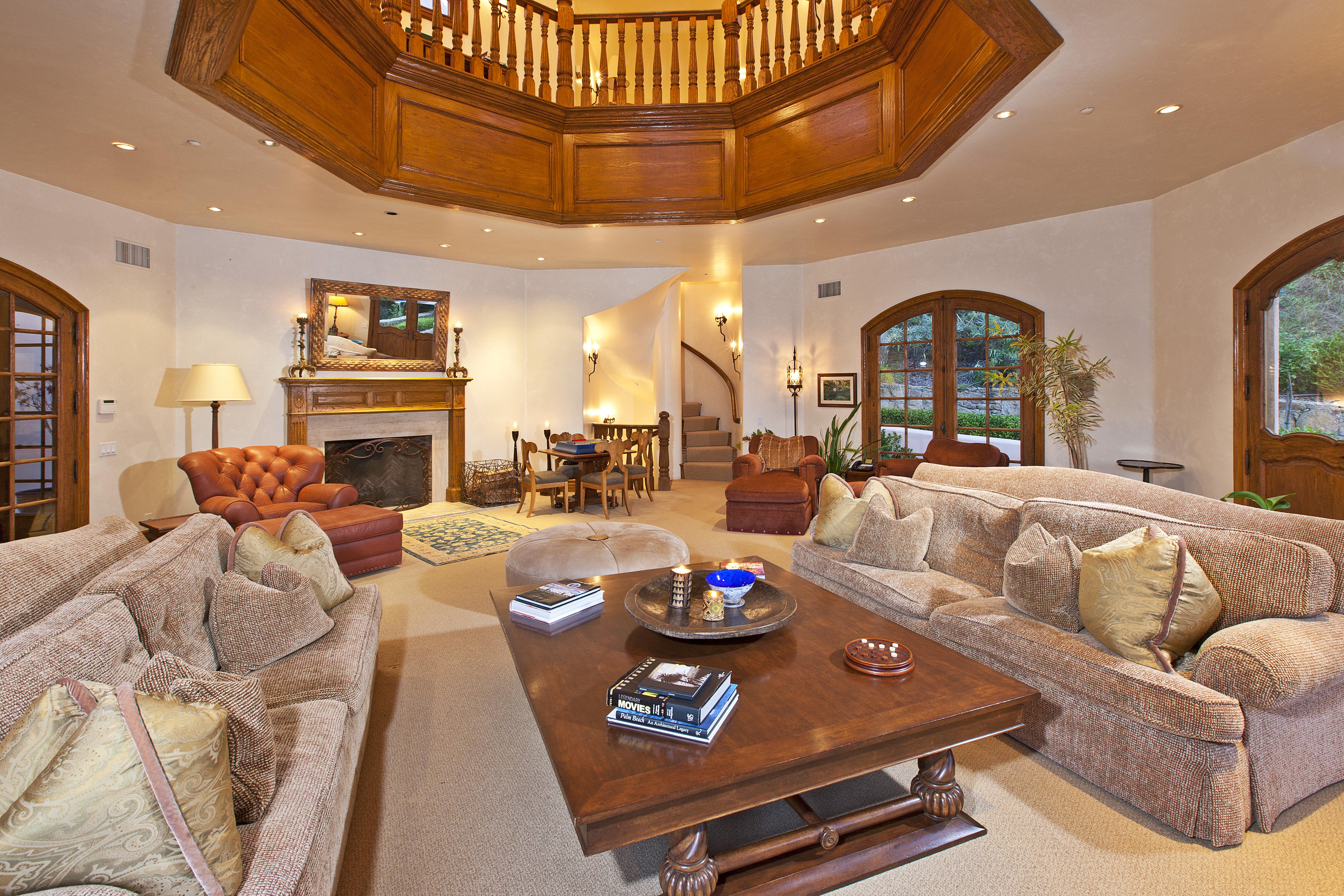 1 Million Price Cut On Camille Grammer S Malibu Home