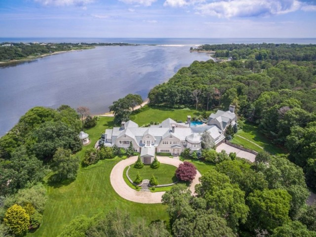 Most expensive homes in the east for Biggest homes in the hamptons