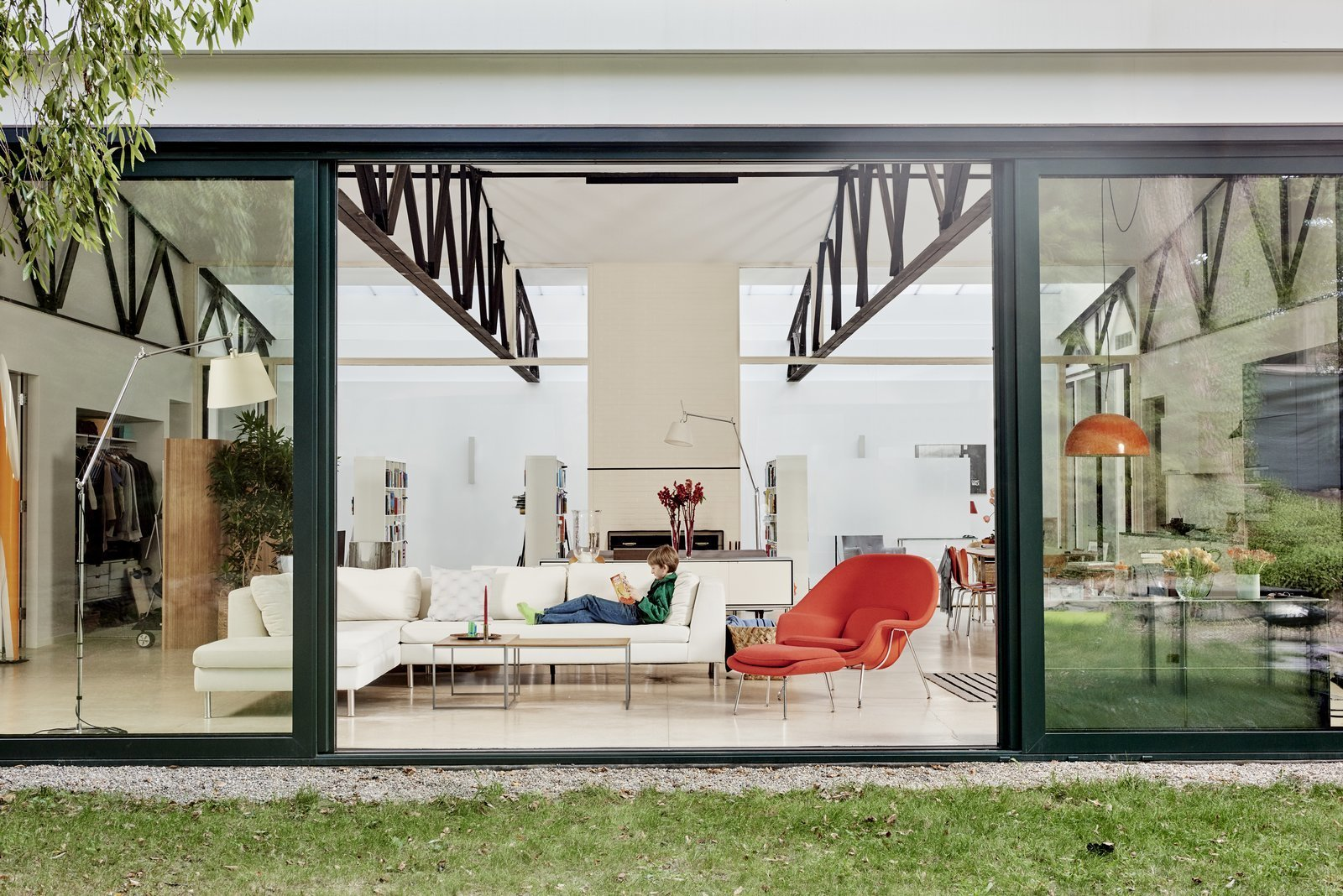 4 Homes With Jaw Dropping Floor To Ceiling Windows: floor to ceiling windows for sale