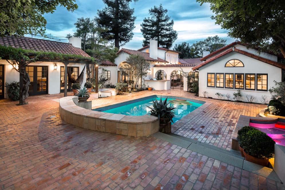 House Of The Week An Authentic Spanish Revival Home In Brentwood