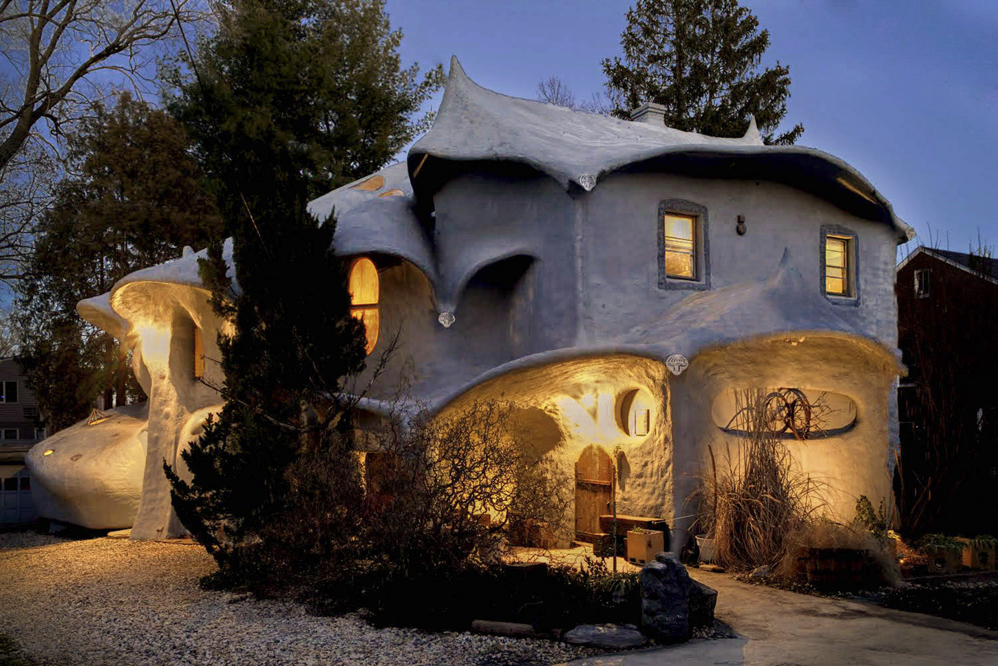 For The First Time, The Famous Mushroom House Of Bethesda, MD Has Hit The  Market For $1.2 Million. Itu0027s Not A New Construction, But It Could Be.