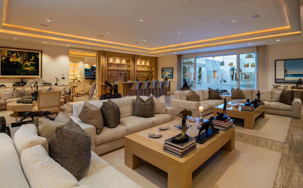 celebrity living room jackie collins sizzlin beverly mansion lists for 30m 11190