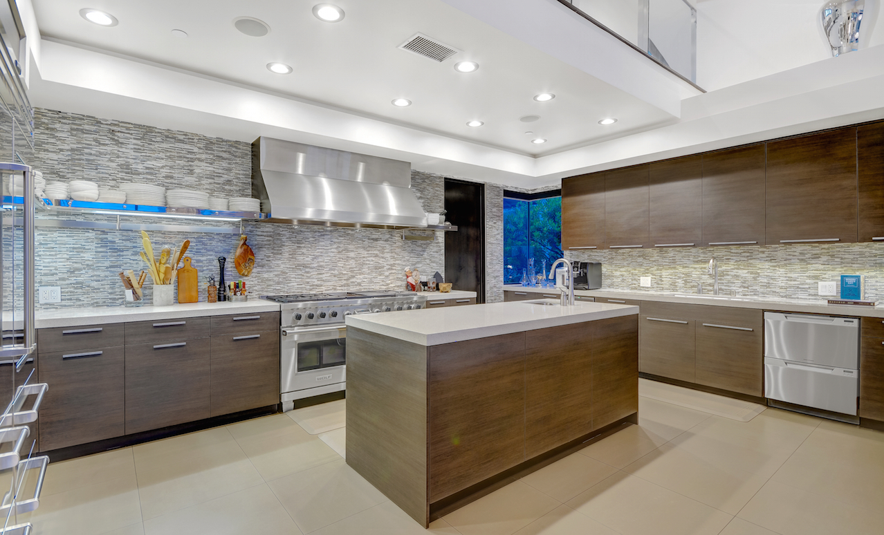 7 Spectacular Kitchen Staging Ideas Photos: 5 Features Of A (Real) Chef's Kitchen