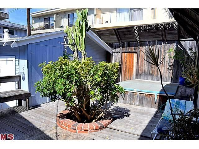 39 melrose place 39 alum grant show buys in marina del rey for Marina del rey apartments for sale
