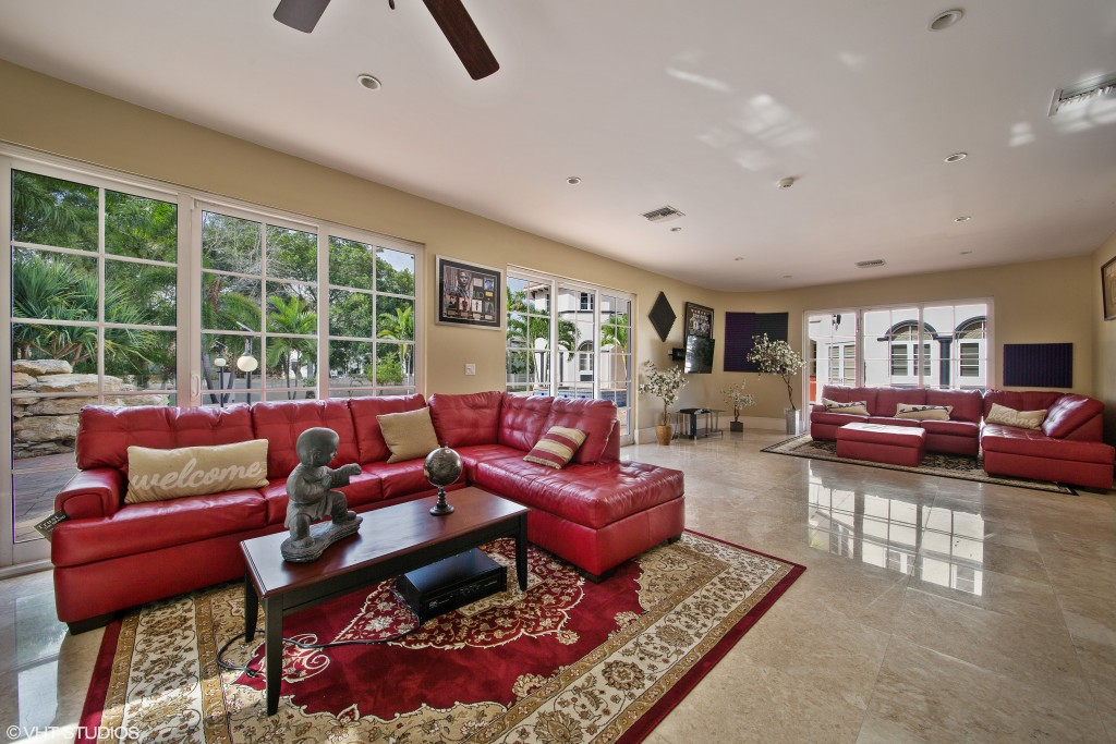 Jason Derulo Wants You To Want His Coconut Creek Home