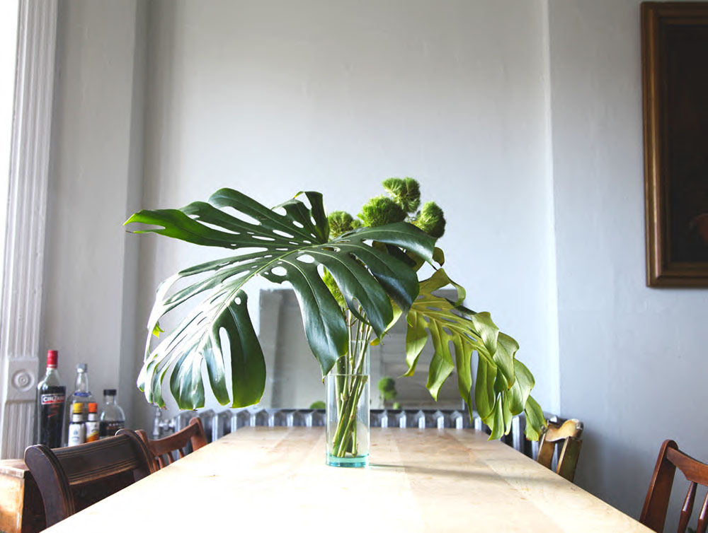 In home decor less is more for Home decorations for less