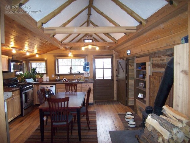 Urban To Beachy 10 Amazing Tiny Homes