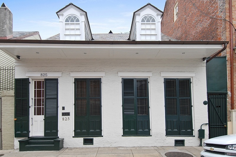 1834 French Colonial Cottage In New Orleans