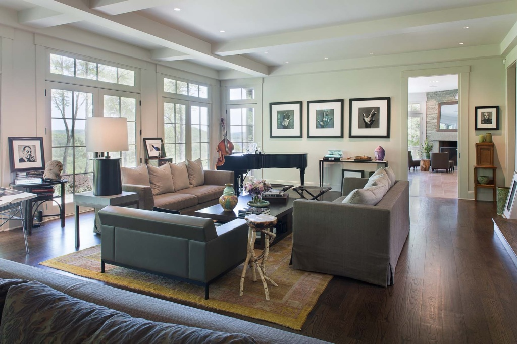 Bruce Willis Is Living Free With 2 Bedford, NY Properties