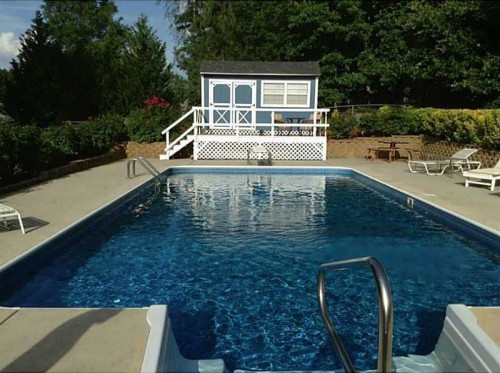 Where can you buy a house pool for 100 000 for Houses for sale pool