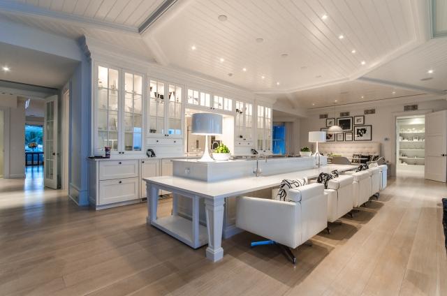 Très Celine Dion Lists Jupiter Island Estate for $72.5 Million TT35