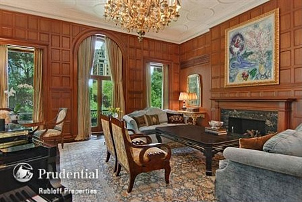 Chicago property once part of original playboy mansion for for Mansion in chicago for sale
