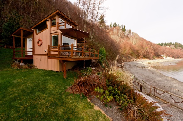Etonnant If You Love Being Near The Water, It Doesnu0027t Get Much Better Than A  Waterfront Whidbey Island Cabin. With Superior Coastline Views And Direct  Access To A ...