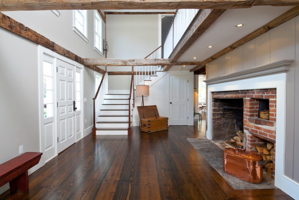 Colonial House Foyer : House of the week a rebuilt year old farmhouse
