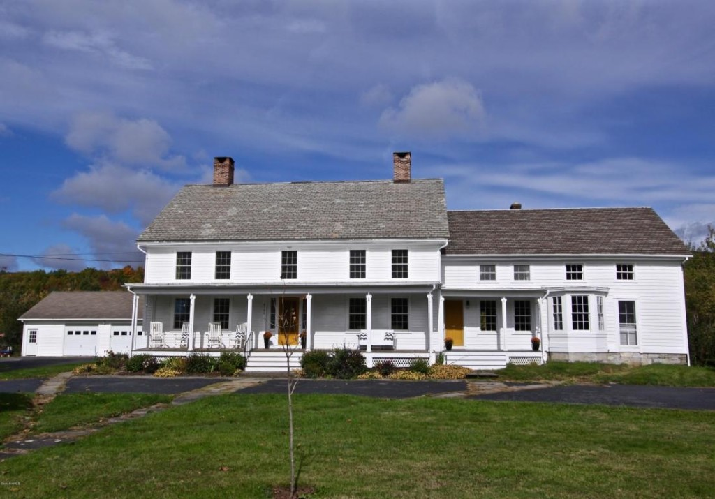 house of the week: a colonial farmhouse that predates the country