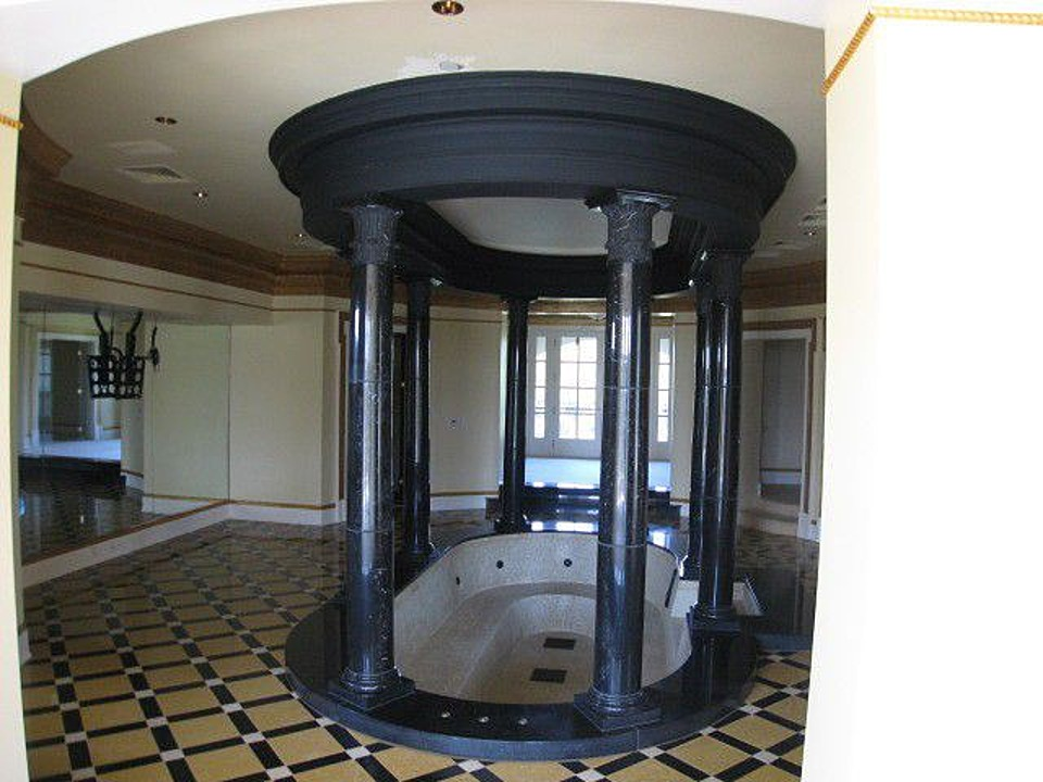 Casas Contenedor 8135648 likewise Ricky Rozay Buying Holyfield Estate 143024 likewise Pool House also 67089c25e84799ae moreover 1299 The Dimensions Of An One Car And A Two Car Garage. on single floor house plans georgia