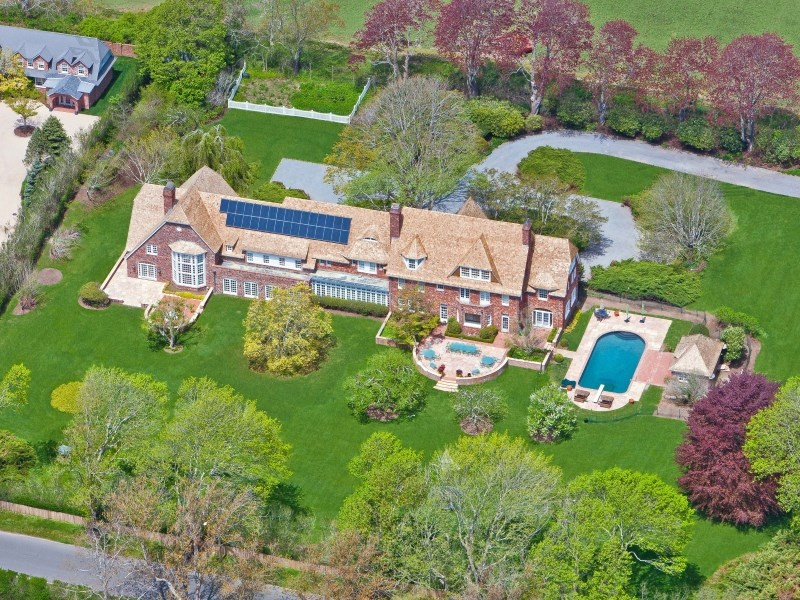 The most expensive streets in america for Biggest homes in the hamptons