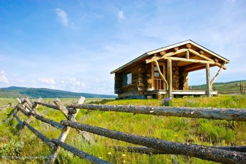 a rustic equestrian estate is for sale in cora wy the 332 square foot custom log cabin is surrounded by 913 horse friendly acres in wyomings upper - Small Cabins For Sale