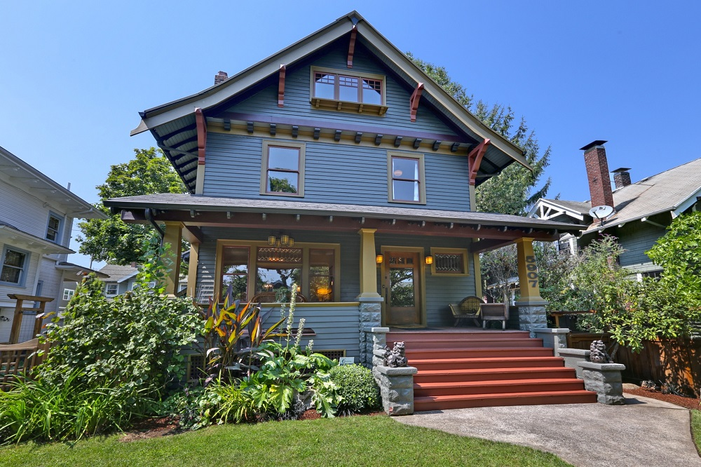 Popular architectural styles of the past century for Craftsman style architecture