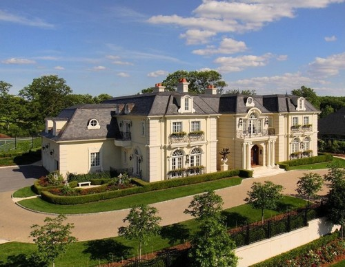 Homes for 39 downton abbey 39 fans for French chateau homes for sale