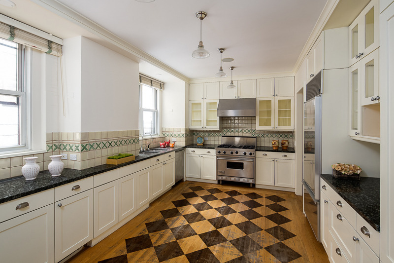 Studio Apartment Upper East Side Manhattan no 'mysteries' about debra messing's new manhattan home - zillow