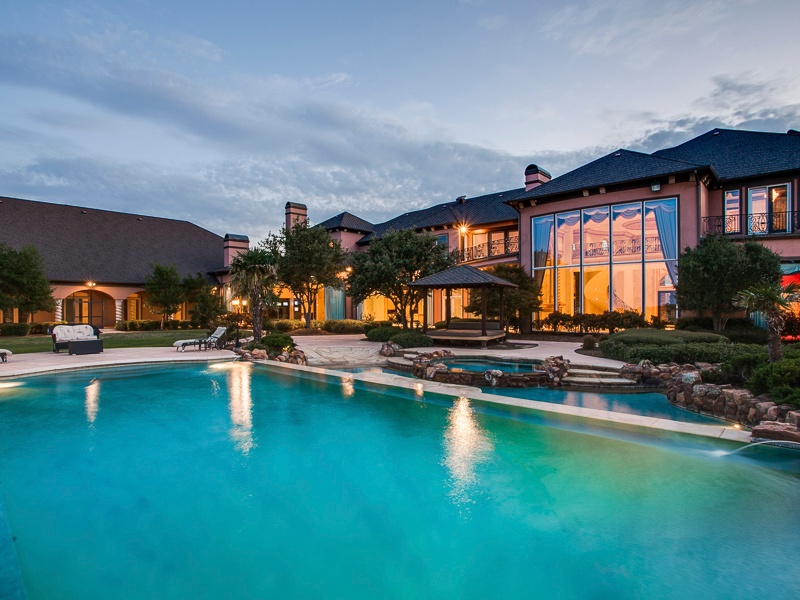 Deion Sanders' Former Home Will Make You Want to Do a ...