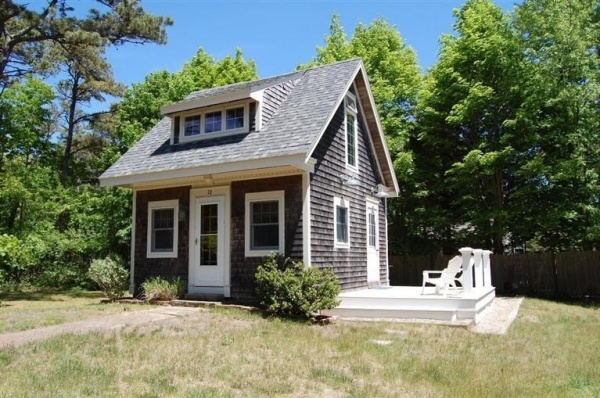Rustic to ritzy homes under 500 square feet for Cape cod beach homes for sale