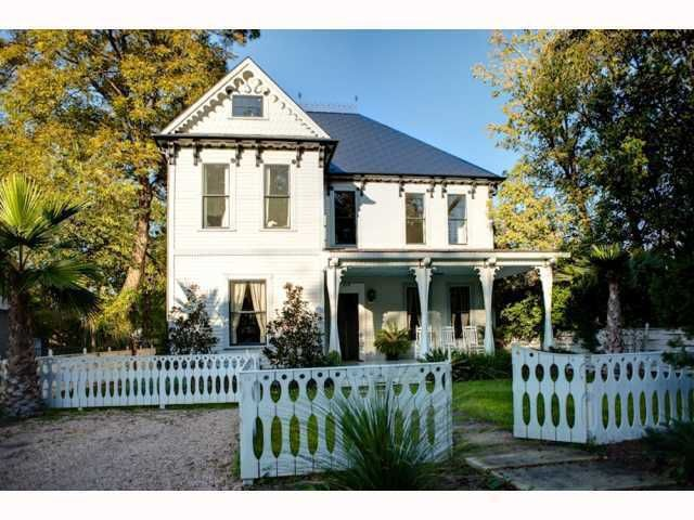 Elijah wood buys home in austin tx for Austin house