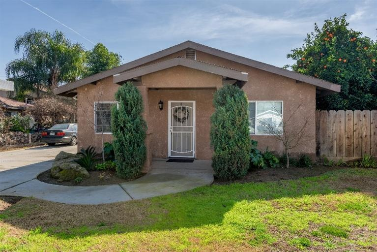 Fresno  CA. Homes on the Market for  125 000