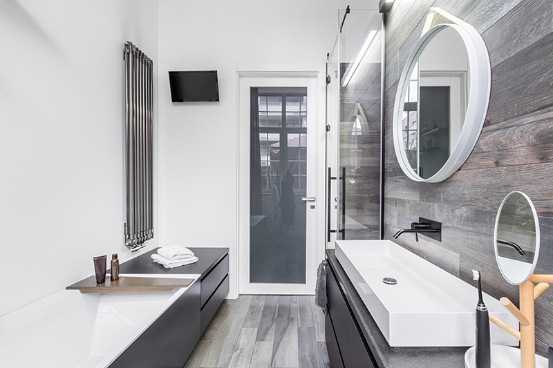 Admirable 10 Ways To Make A Small Bathroom Look Bigger Interior Design Ideas Pimpapslepicentreinfo