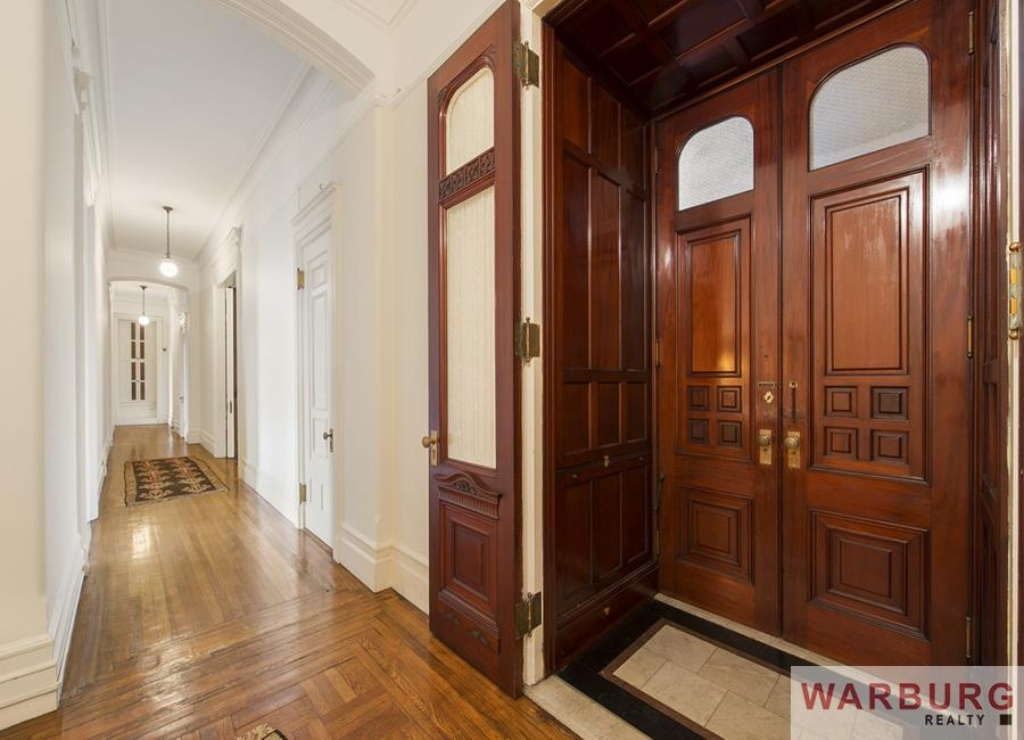 Heres Looking At You Kid Bacalls New York Apartment Lists For 26m