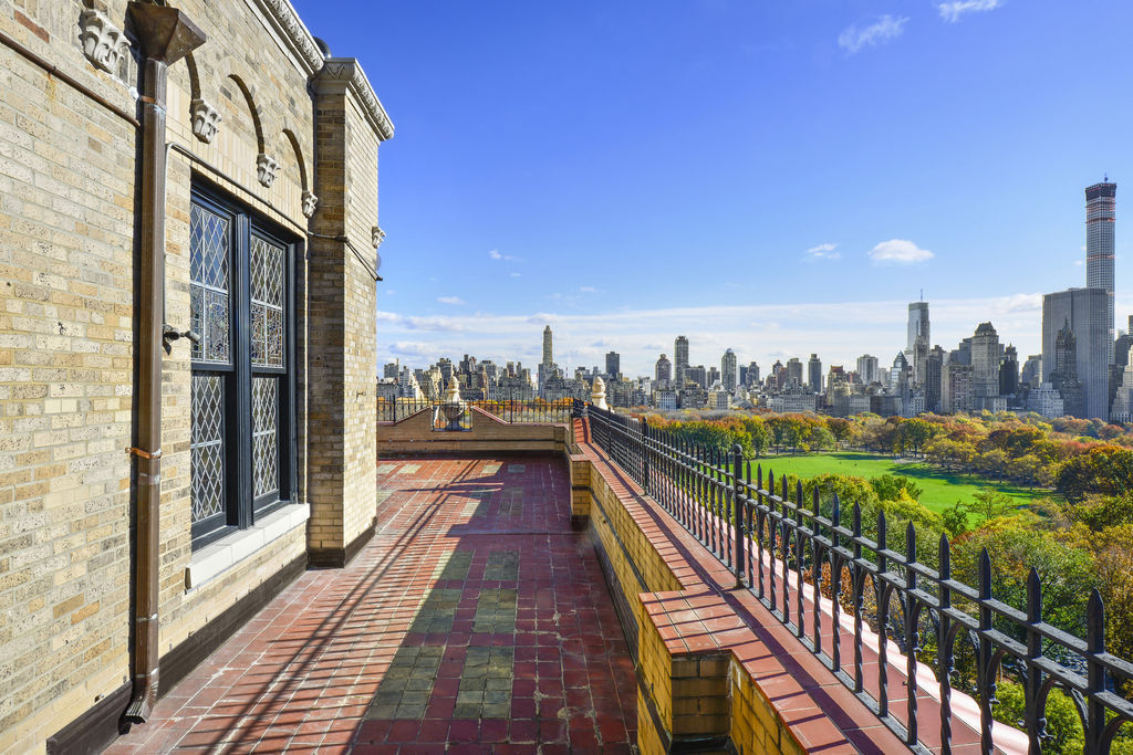 UPDATE: Save $18.75M On Two Hearst Penthouses In New York