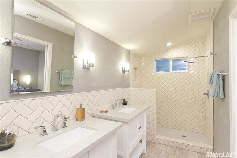 Perfect Switching Subway Tile To A More Creative Track