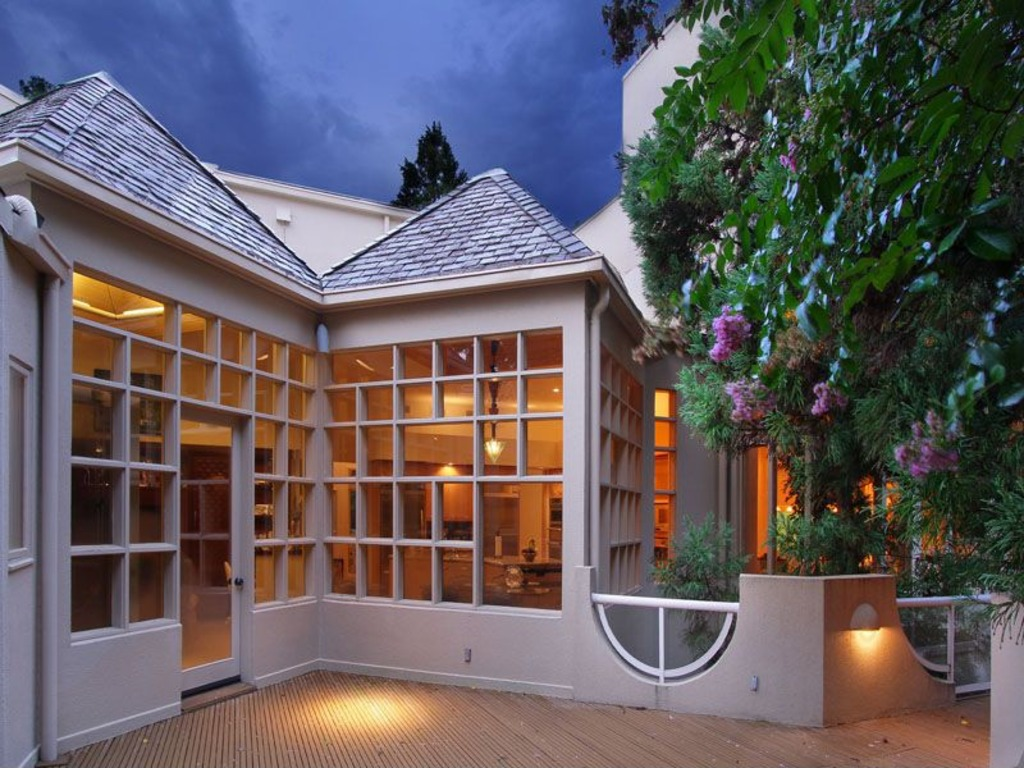 Zillow Home Design Quiz Home Depot Founder S House Gets A 700 000 Price Cut