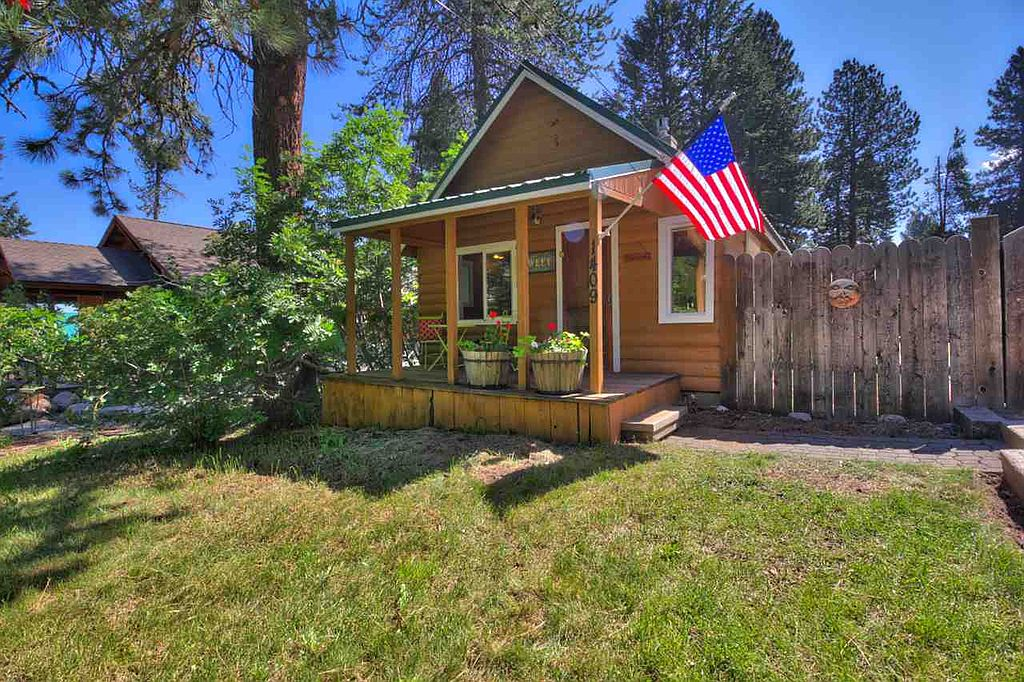 8 staycation worthy tiny homes for sale