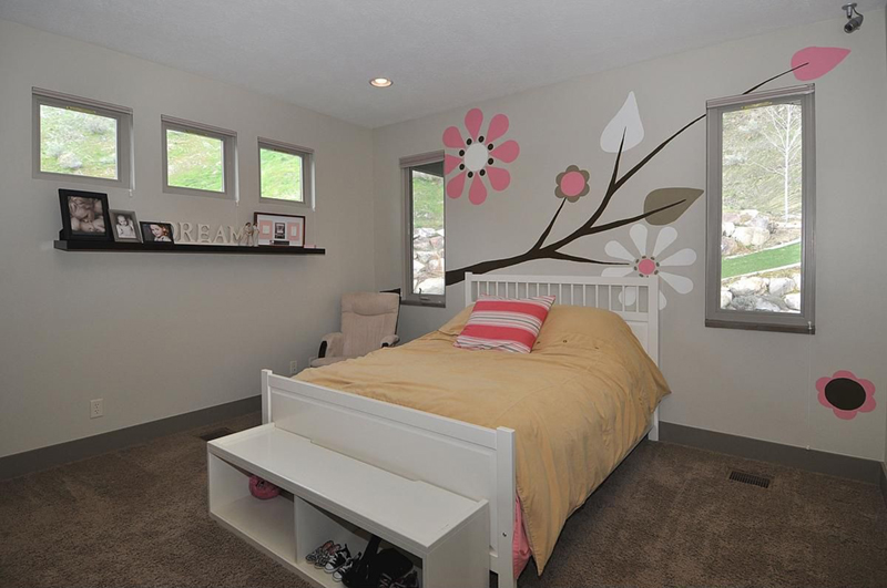 Room with bright wall decal