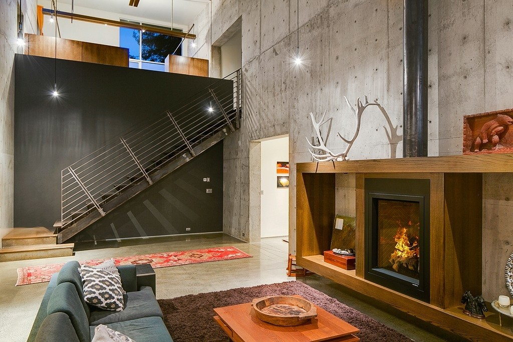 Contemporary Rustic Decor mixing 21st-century modern and rustic decor - zillow porchlight
