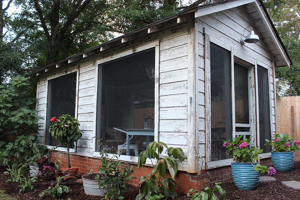 Before after shabby shed turned breezy backyard enclave for Shed with screened porch