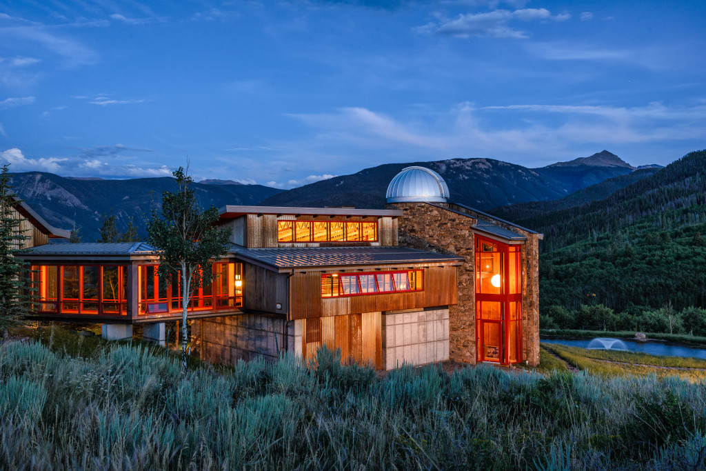 house of the week  luxury meets off the grid in the aspen groves
