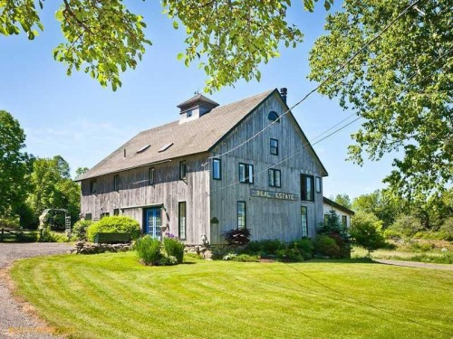 For sale barn homes mixing old new for Barn house indiana
