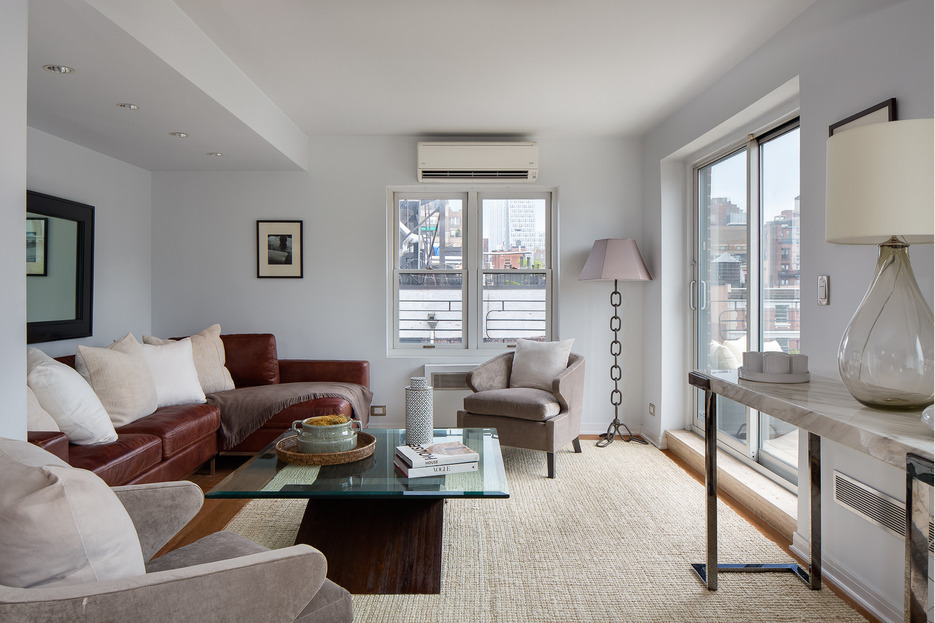 Update Julia Roberts Rakes It In On Greenwich Village Pad