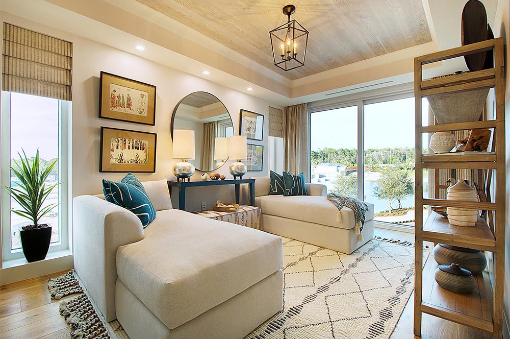designer lookbook wendy berry 39 s beach chic condo. Black Bedroom Furniture Sets. Home Design Ideas